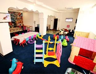 Аэрохоккей, игровые приставки, батут и качели в детской игровой комнате Joy Park! Посещение со скидкой 50%!