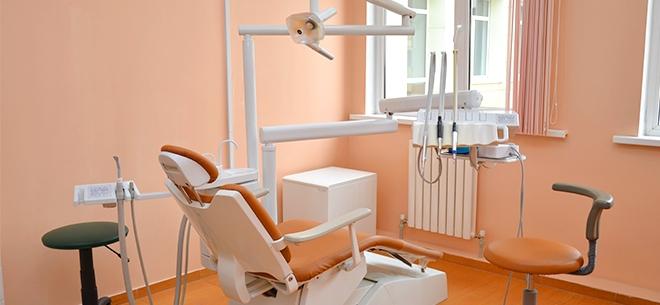 Стоматолог Азнабакиев Курванжан, 2
