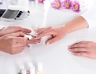 Ногтевой сервис для женщин и мужчин! Маникюр, педикюр + SPA-уход со скидкой до 75% в салоне Vintage!