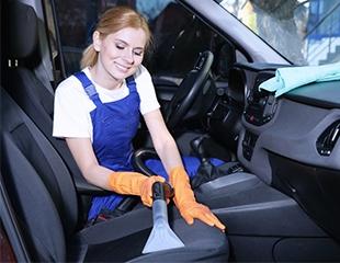 Химчистка салона для автомобилей разных классов в автомойке на Рыскулова со скидкой до 50%!
