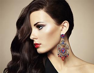 Никаких секущихся кончиков! Стрижка горячими ножницами и укладка в салоне красоты Dogan Hair Studio в ТЦ Атакент Mall со скидкой до 74%!