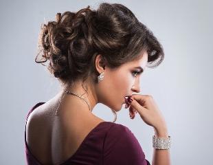 Прическа с обложки! Стрижки, укладки и окрашивание волос в салоне красоты Lovely со скидкой до 60%!