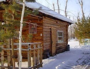 Уютный загородный отдых: от 1 до 10 суток проживания для двоих + завтрак на базе отдыха «Нура» со скидкой до 55%!