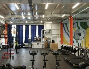 Прокачай тело и силу духа! Безлимитный абонемент на силовые кардиотренировки + тренажерный зал в клубе Motor Gym! Скидка до 55%!