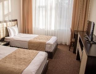 Заряд сил на всю зиму! Проживание в отеле «Жекен» в г. Каракол с 23 ноября по 13 декабря от туристической компании «ТРИО»! Скидка 30%!
