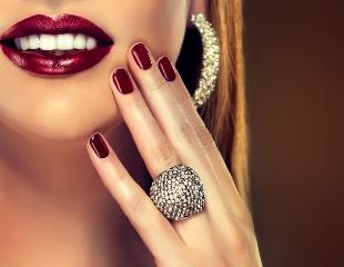 Неотразимо! Маникюр и педикюр с гелевым покрытием в салоне красоты JA Beauty Studio со скидкой 50%!
