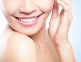 С ослепительной улыбкой в Новый год! Сертификаты на лечение зубов в стоматологии АРУ ДЕНТ со скидкой до 67%!