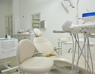 Здоровая улыбка для детей и взрослых! Установка брекет-систем и ортодонтических пластин для исправления прикуса со скидкой до 70% у стоматолога Какеновой Даны Руслановны!