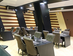 Отдых по полной программе! Скидка 50% на все меню и бар в ресторане Mojito Lounge & Karaoke!
