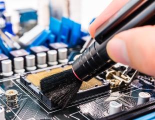 Скажи нет перегреву! Профессиональная чистка ноутбуков и компьютеров в сервис-центре CompOFF со скидкой 60%!