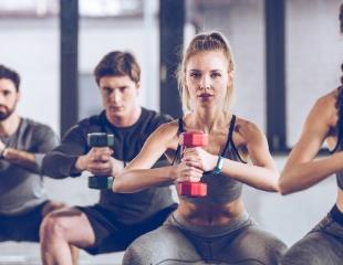 Утренний фитнес! Elite Smart Fitness по авторской методике в фитнес-клубе Артурион со скидкой до 72%!