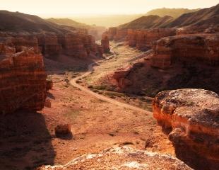 Тур «Все включено»: посещение Чарынского каньона, озер Кольсай и Каинды + проезд, питание, проживание и гид от Explore Kazakhstan! Cкидкa 30%!