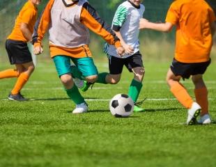 Время стать чемпионом! Обучение в детско-юношеской школе футбола «Сокол» со скидкой до 60%!