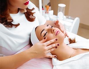 Позаботьтесь о коже! Скидка до 60% на процедуры по уходу за лицом в студии красоты ROSE Line!