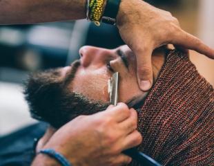 Для брутальности стиля! Различные стрижки, коррекция бороды и другие процедуры от барбера Магомеда со скидкой до 54%!