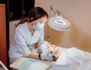 Расцветаем! Комплексная чистка лица, фракционная мезотерапия, блефаропластика и плазменный душ от врача-косметолога Нургуль Курманбек со скидкой до 74%!