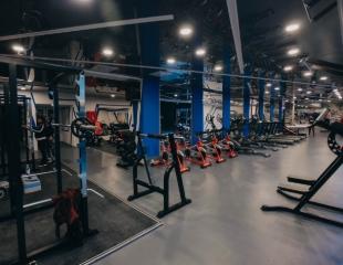 Пора меняться! От 3 до 12 месяцев посещения тренажерного зала Motivator со скидкой до 82%!