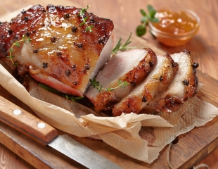 Вкусные сеты: солянка, аппетитное мясо в жаровне, нежные пельмешки и свежие салаты в кафе «Аттила» со скидкой 50%!