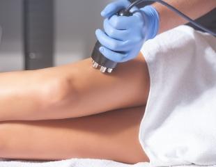 Совершенство так близко! Аппаратная косметология: кавитация, прессотерапия, миостимуляция и RF в студии красоты July Berh со скидкой 85%!