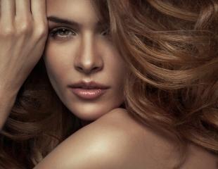 Волосы, о которых Вы мечтали! Услуги Hair-стилиста: прически, локоны, покраска волос в салоне красоты «МК Студия» со скидкой 50%!