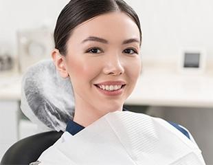Красивая и ровная улыбка! Установка металлических мини-брекетов, а также профессиональная чистка зубов в стоматологии «Юта-Стом» со скидкой до 76%!
