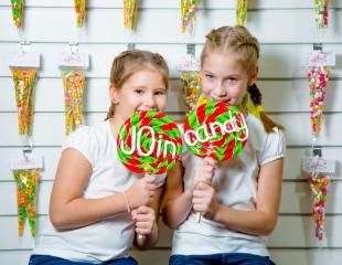 Вкусно и интересно! Посещение мастер-класса по изготовлению карамели ручной работы для детей со скидкой 30% от JOin Candy Studio!