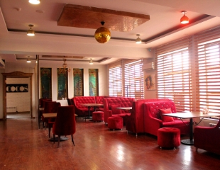 Все оттенки удовольствия! Ароматные дымные сеты + пицца и чай в Cocos hookah bar со скидкой до 60%!