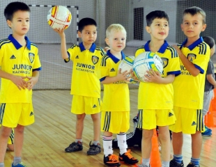 Учитесь побеждать! Тренировки для детей от 3 до 12 лет в детской школе футбола «ЮНИОР»! Скидка 50%!