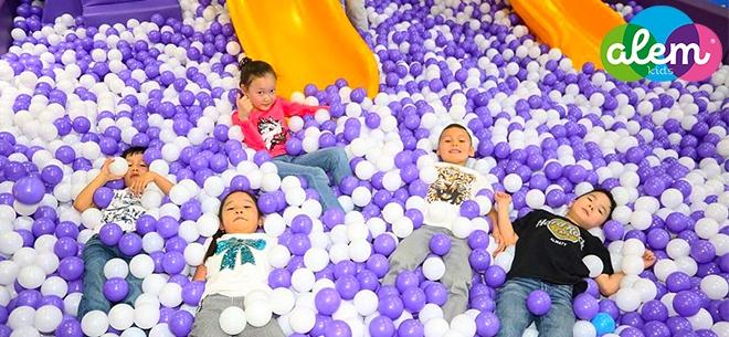 Alem kids в ТРЦ Forum, 2