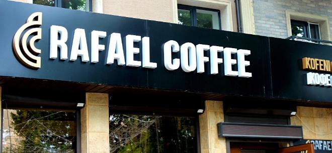 Rafael Coffee, 9