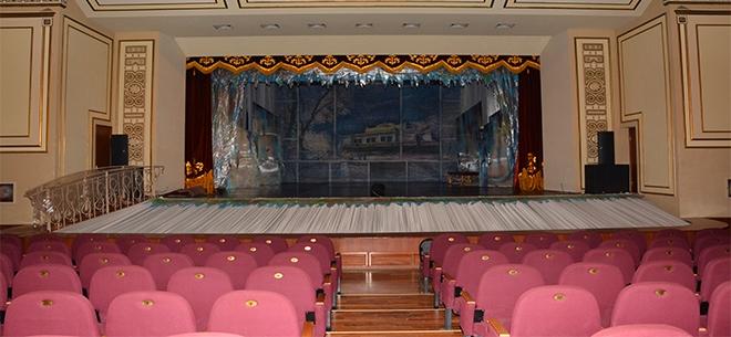 Областной театр оперы и балета, 8