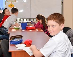 Интенсивная методика занятий английским языком с носителями языка и местными учителями в языковом центре DIVINE TUTORS! Скидка до 58%!