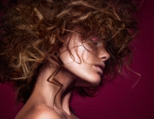 Обратите на себя внимание! Стрижки, причёски и покраска волос в салоне L.A.K. Sherry со скидкой 50%!