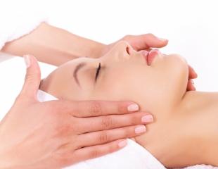 Ваш стиль красоты! Карбокситерапия, коррекция фигуры, процедура «Био-кожа» и др. в косметологическом центре при стоматологии Dental Expert со скидкой 69%!