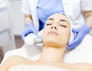 Секрет молодости кожи! Фотоомоложение зон лица, шеи и декольте от врача-косметолога Елены со скидкой до 92%!