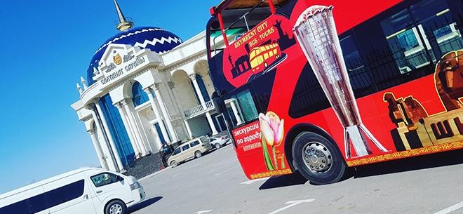 Экскурсионный автобус RedBus, 3