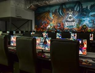 Fight! Играй с друзьями всю ночь напролет!  Компьютерные игры и PS4 в игровом клубе SQUAD cyber arena в ТРК Grand Park со скидкой до 50%!