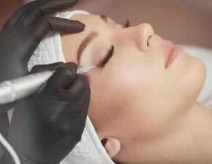 Татуаж бровей и век, фракционная мезотерапия и уходовый комплекс от косметолога Асель со скидкой до  55%!