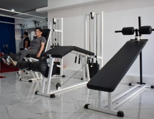 Реабилитационно-восстановительные курсы и посещение тренажерного зала в центре реабилитации и фитнеса SmartFit со скидкой до 65%!