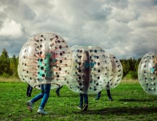 Оторвитесь по полной! Аренда и доставка шаров для бампербола от компании Bumper KZ со скидкой 50%!