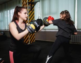 Спорт с характером! Посещение секции бокса и тайского бокса для взрослых и детей со скидкой до 51% в Rounds Boxing&Fitness!