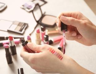 Красота в Ваших руках! Различные виды макияжа, коррекция и покраска бровей, а также курсы макияжа в салоне красоты Beauty and Beauty cо скидкой до 60%!
