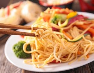 Готовьте палочки! Традиционные блюда Китая и Японии в кафе паназиатской кухни Asia Mix со скидкой до 50%!