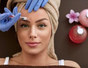 Естественная пухлость, волнующий объем, улыбка Моны Лизы и другие процедуры по коррекции и омоложению частей лица в кабинете врача-косметолога в салоне Life Beauty! Со скидкой до 61%!