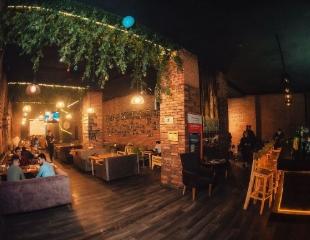 Сочные стейки, фирменное пенное и густой дым! Все меню и бар со скидкой 50% в лаундж-баре Landmark!