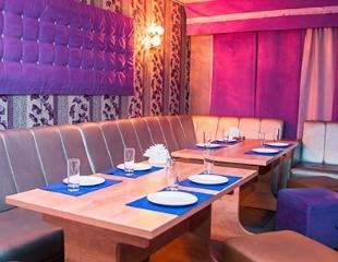 Добро пожаловать в караоке-бар «Хорошее Заведение» на Абая! Аренда кабинок и сеты со скидкой до 85%!