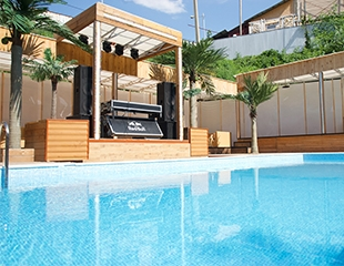 Летние вечеринки у бассейна с подогревом, бар на воде, лучшие ди-джеи и улетное настроение! Посещение бассейна G SPOT в будние и выходные дни  со скидкой до 50%!