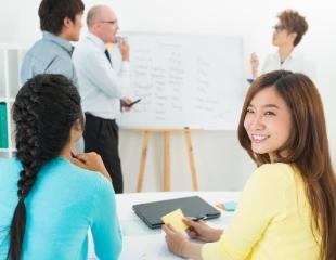 Говорить — легко! Английский и китайский языки для взрослых и детей в языковом центре «ECLC» со скидкой до 77%!
