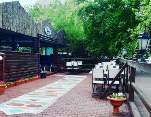 Душевно и вкусно! Насладитесь чудесным летним вечером в кафе «Esil»! Все меню кухни и бара со скидкой 50%!