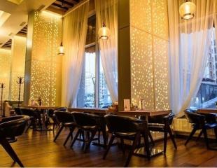 Изысканный вечер для самых дорогих людей! Все меню и бар в ресто-баре «Chateau de Marseille» со скидкой 50%!